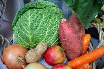 Bunte Vielfallt an Obst und Gemüse.