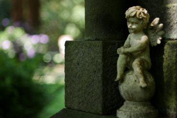 Susanne - Ohlsdorfer Friedhof 03.06.2020 - Kleiner Engel