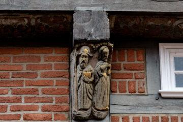 Regina Stötera - Buxtehude 11.10.2020 - Alter Fassadenschmuck