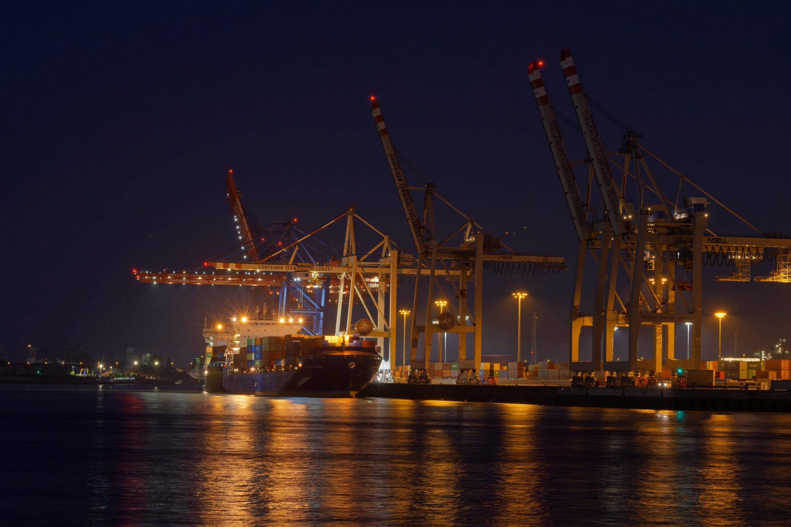 Matthias - Fischmarkt am Abend 01.06.2021 - Containerhafen