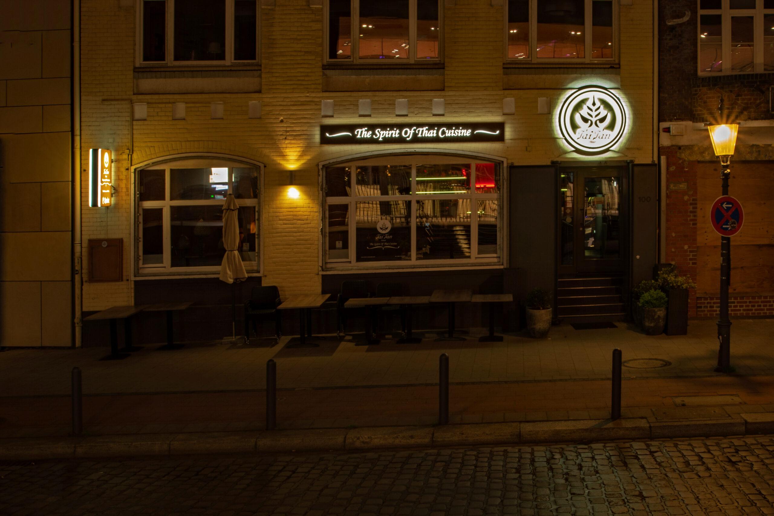 Hans Stötera - Fischmarkt am Abend 01.06.2021 - The Spirit of ...